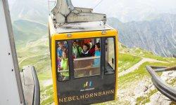 Mit der Bahn auf den Nebelhorn Gipfel