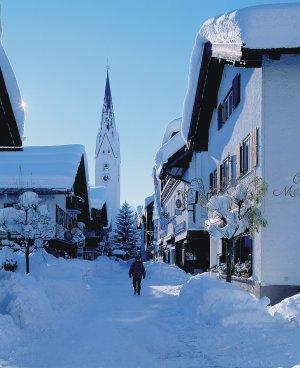 Kirchstrasse im Winter