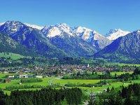 Oberstdorf-Panorama im Frühsommer
