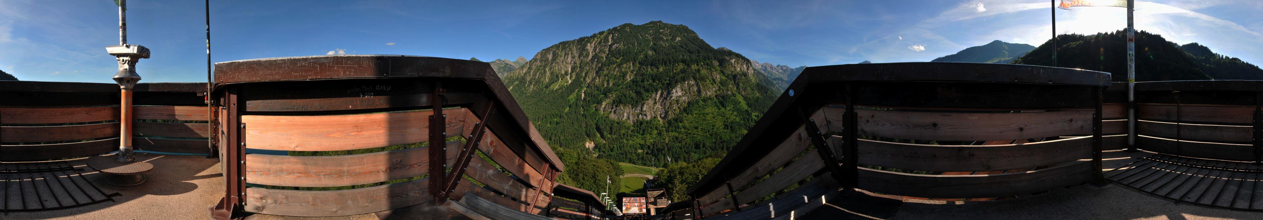 Blick von der Skiflugschanze