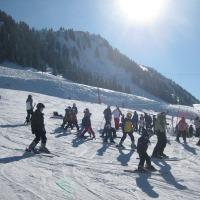 Sonnenkinder auf Ski
