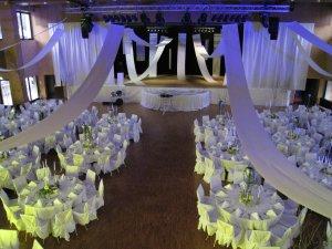 Gala-Abend Ganz in weiß