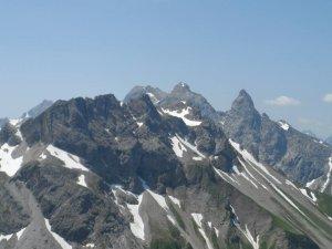 Kratzer, im Hintergrund Hochfrottspitze, Mädelegabel und Trettachspitze