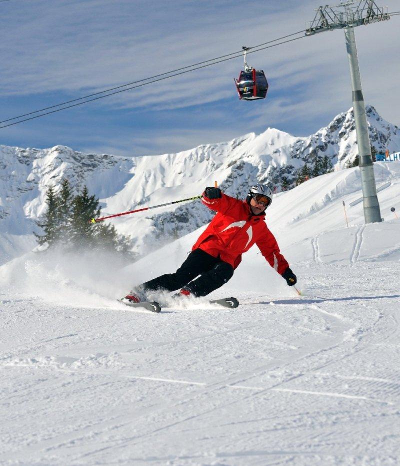 das kleine landhaus skifahren auf 120 km bestens pr parierte und schneesichere pisten in. Black Bedroom Furniture Sets. Home Design Ideas