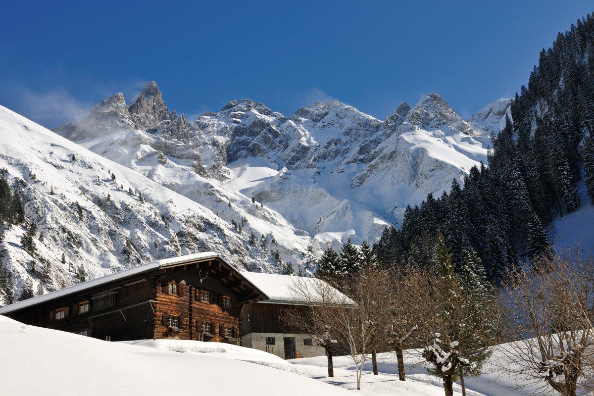 Einödsbach Winter quer Tourismus Oberstdorf