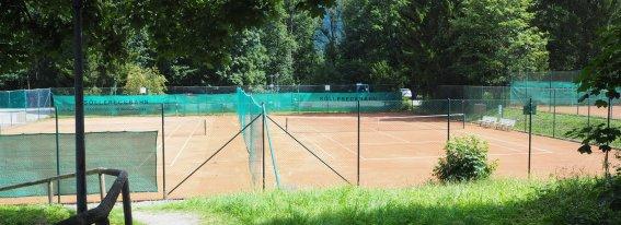 Tennisplatz Karweidach