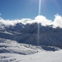 Wintersonne und Neuschnee