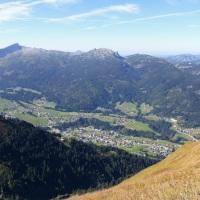 Blick vom Fellhorngipfel auf Rietzlern (Kleinwalsertal), 29.09.2016