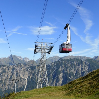 Fellhornbahn auf dem Weg zur Gipfelstation, 29.09.2016