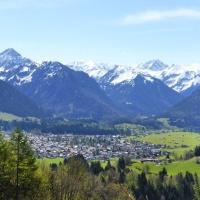 Blick vom Kapf (980 m) nach Oberstdorf