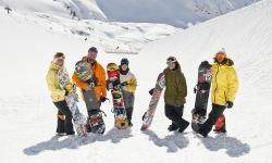 Top-Snowboarder bei der Eröffnung:
