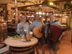 Genuss erleben: Unser Dampfbier zu gutem Essen und Live-Musik