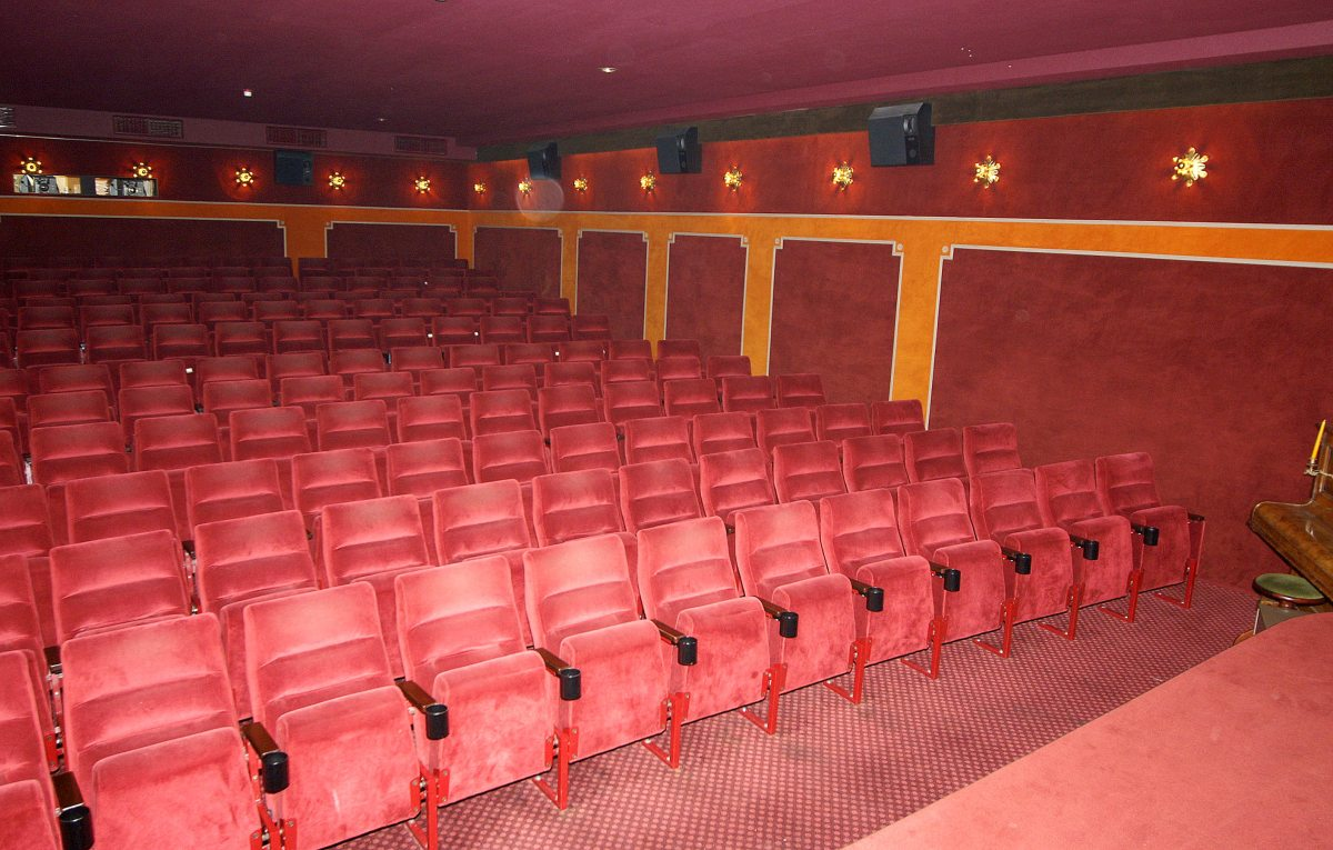 Kurfilmtheater - Saal
