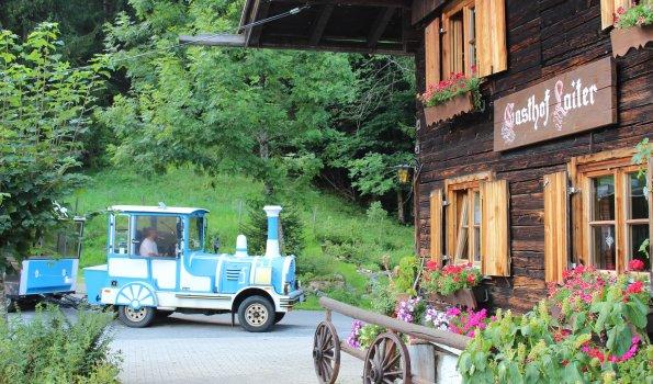 Blaue Bahn Laiter Haus