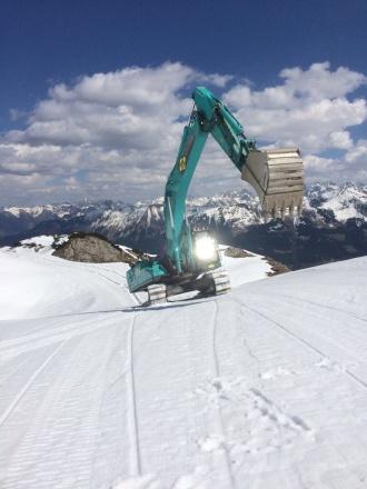 Baggertransport zur Bergstation