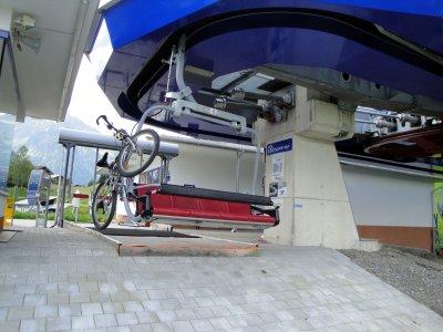 Heubergbahn mit Radhalterung