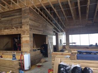 Der Holzbau im neuen Restaurant Tafel&Zunder schreitet voran