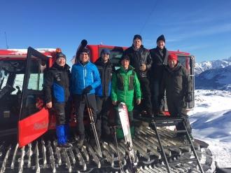 Der Beirat der Skiliftgesellschaft links der Breitach besucht die Baustelle