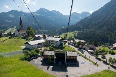 Die Talstation der Walmendingerhornbahn