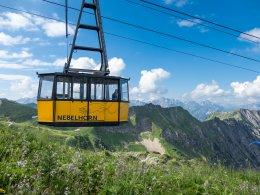 Nebelhornbahn mit Sommerpanorama