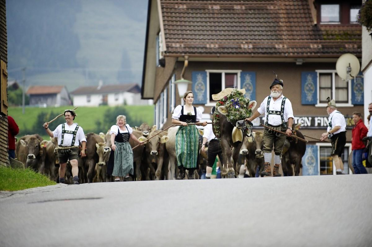 Die Hirten kehren zurück ins Tal