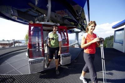 Mit der Bergbahn ins Wanderparadies