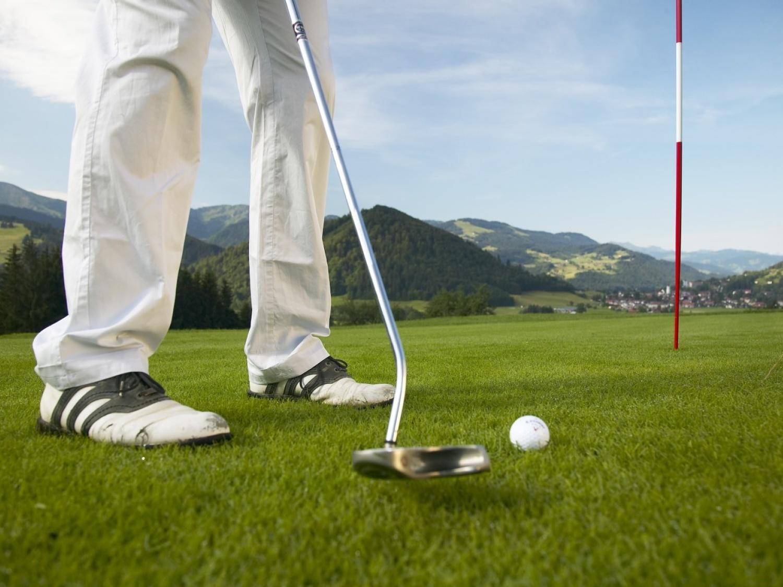 Golfen ohne greenfee im allg u for Oberstaufen golf