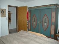 Schlafzimmer(Kleiderschrank)
