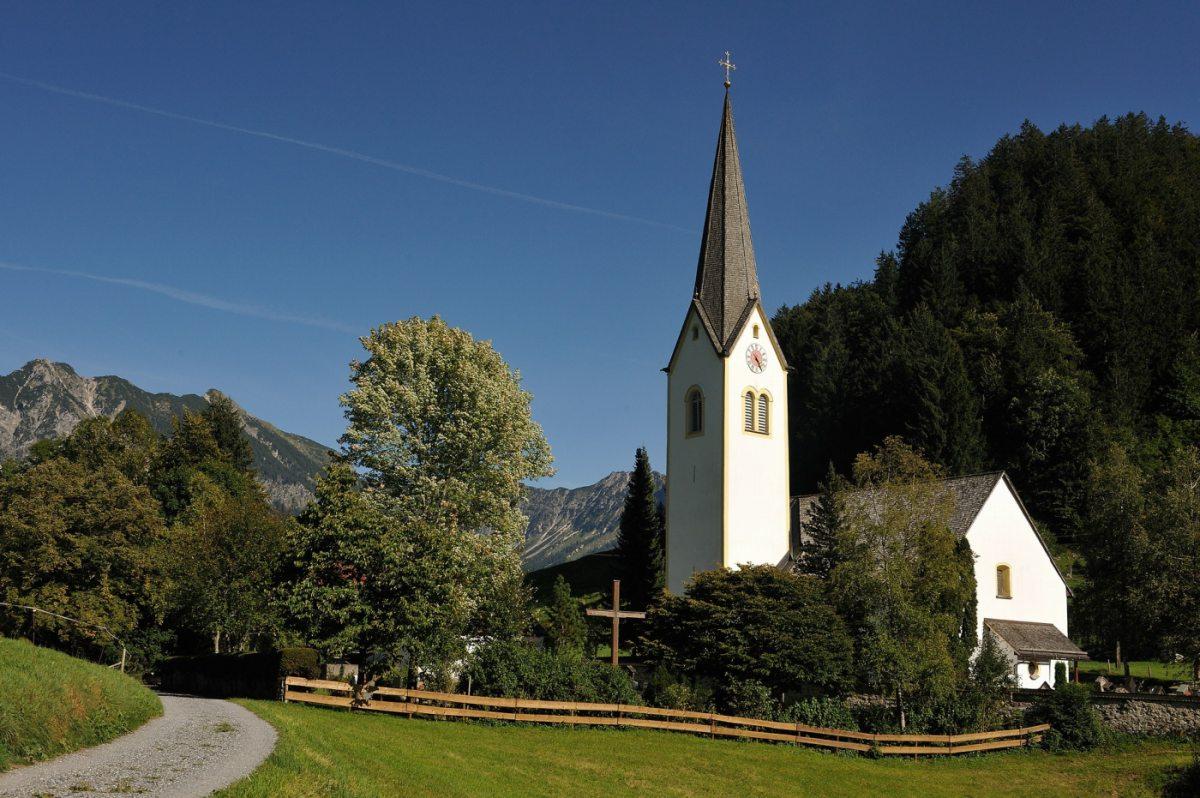 Kirche in Tiefenbach