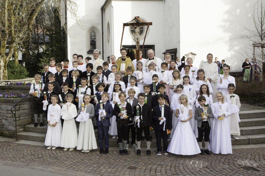 Gruppenfoto Erstkommunion 2018