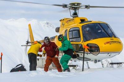 Last Frontier Bell 2 - Aussteigen aus dem gelben Heli