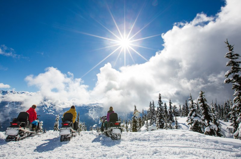 SnowmobileShootCL-63-3179x1788