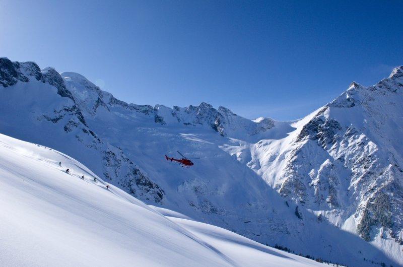 Group Ski and Heli 1 photo Eric Berger