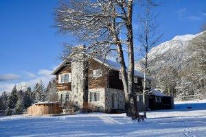Bella Coola Heli Sports - Mystery Mountain Lodge - Peter Sodamin