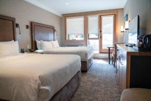 Moose Hotel und Suites - Superior Hotel Room (2Queens)