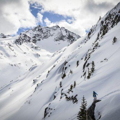 Skifahrer bei Tyax Heli-Skiing
