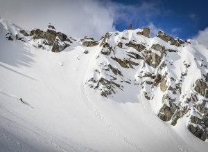 Snowboarder bei Tyax Heli-Skiing