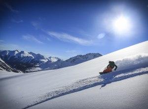 Snowboarding bei Tyax Heli-Skiing