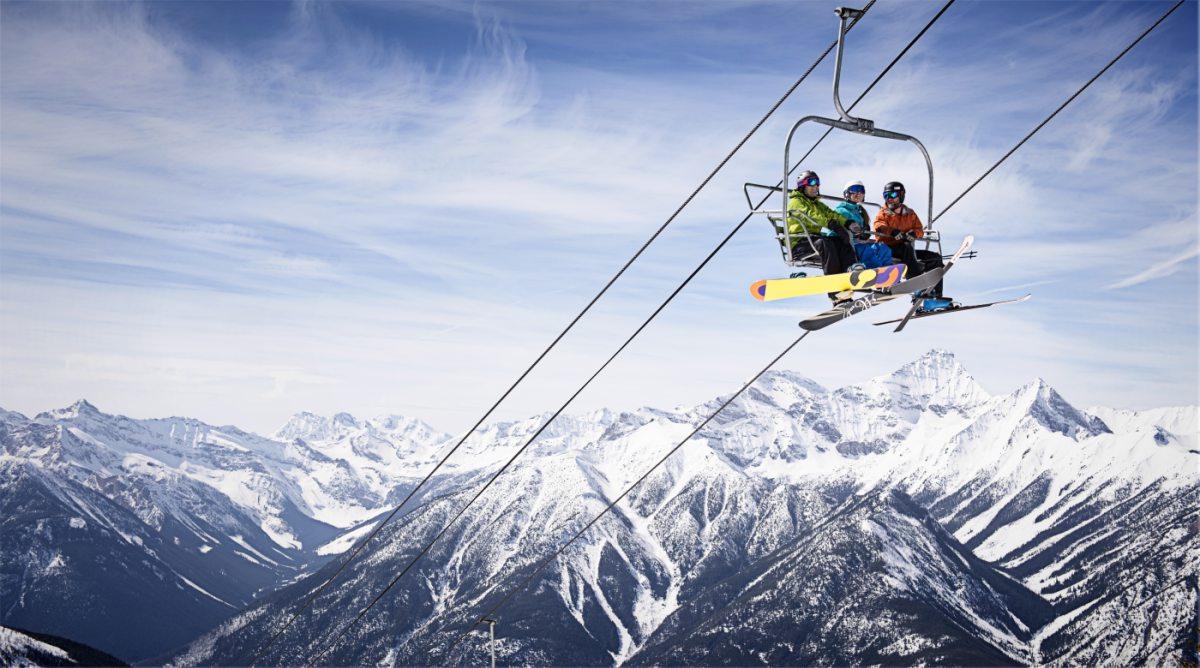 Panorama Ski Resort (im Lift) - Kari Medig