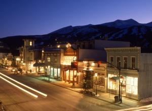 Downtown Breckenridge bei Nacht