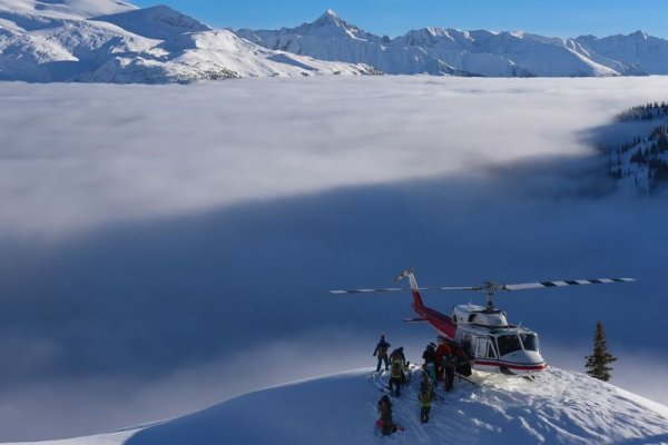 Bell 212 Dropping Off Group, Scenic, Danny Stoffel