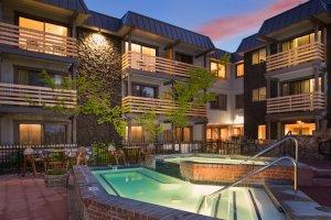 Whirlpool Hotel Azure