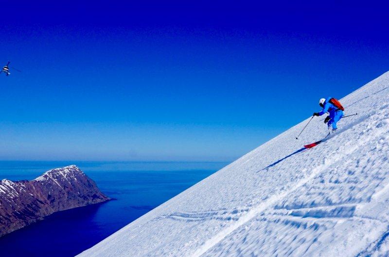 Rita in Island beim Heli-Skiing