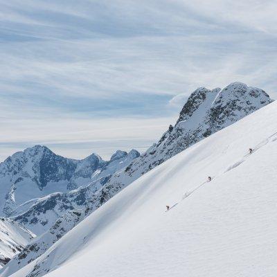 CMH Heli-Skiing - Craig McGee