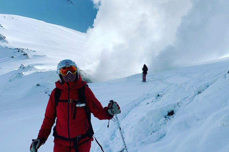 Motnovski Vulkan - Skifahren in den Krater