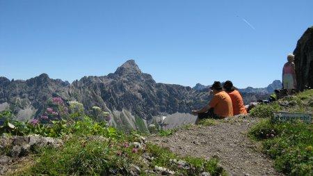 Bergtour Laufbachereck Blick auf Hochvogel