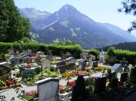 Burgkapelle Schöllang Friedhof