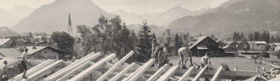 Das neue Dach des Anbaus 1963