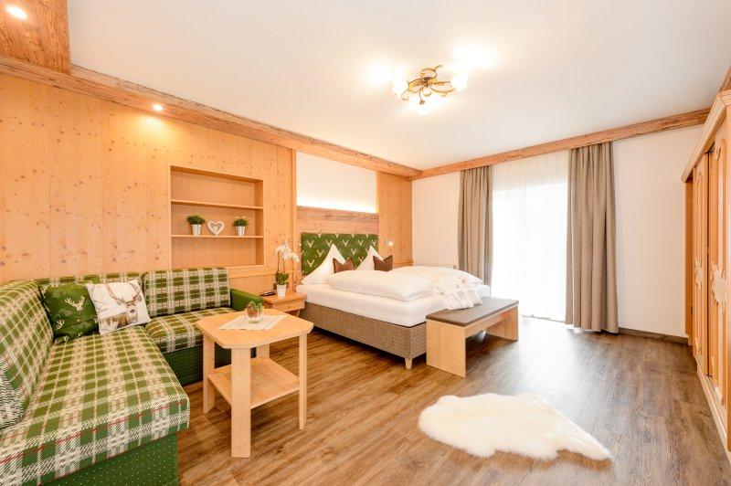 neues Doppelzimmer Alpin Komfort mit Vinylboden