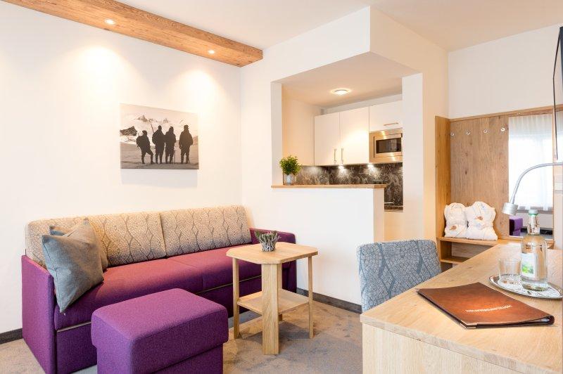 Wohnzimmer in der Suite Alpin